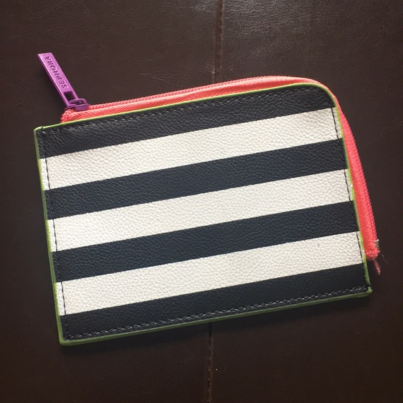Zippered NEW❤SEPHORA Gift Card Pouch//Case Black /& White Striped